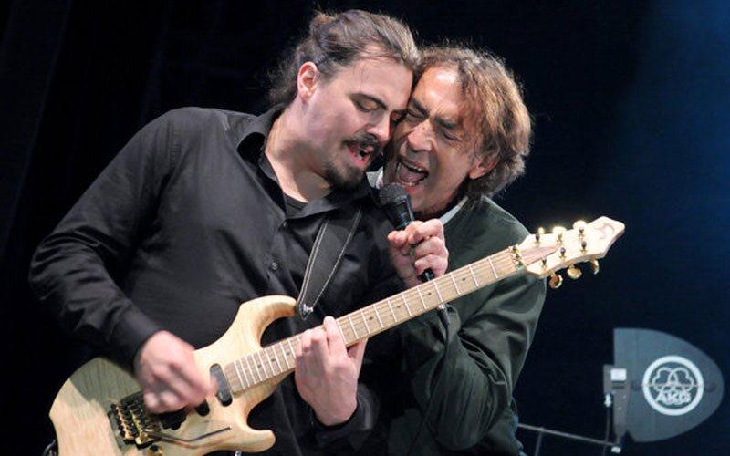 """Severin Trogbacher Gitarrist \\\""""Hubert von Goisern\\\"""""""
